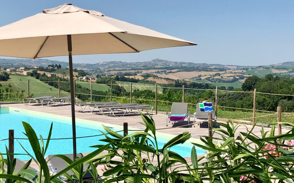 Agriturismo Unico Senso Pool & View